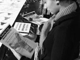 Tapete Manifesto no VENTRE EM TEIA, ENCONTRO DE MULHERES DA CENA. foto Cleiton Pereira