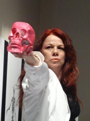 TRÍPTICO: OSSOS, BATOM VERMELHO E HAMLET no MULTICIDADE – Festival Internacional de Mulheres nas Artes Cênicas – RJ (04 de novembro de 2015) - Foto: Coletivo Rubro Obsceno