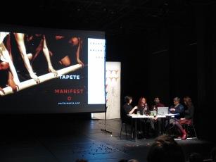 Mesa de discussão com Thaís Medeiros, Zoe Gudović e Helen Varley Jamieson